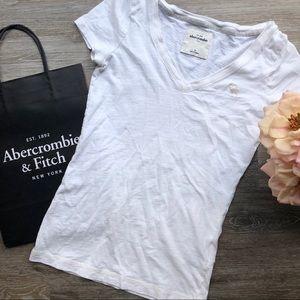 Girls Abercrombie White Cotton V Neck tee